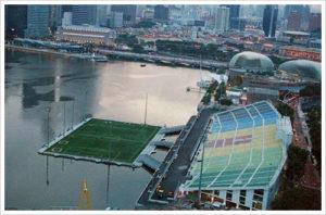 Lapangan Terapung di Marina Singapura