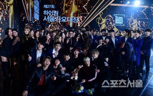 Pemenang Seoul Music Awards 27
