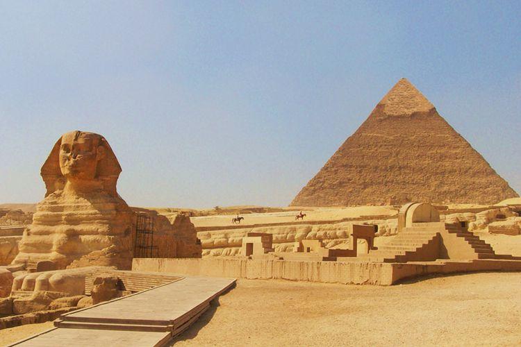 Hasil gambar untuk Piramida Giza, Mesir